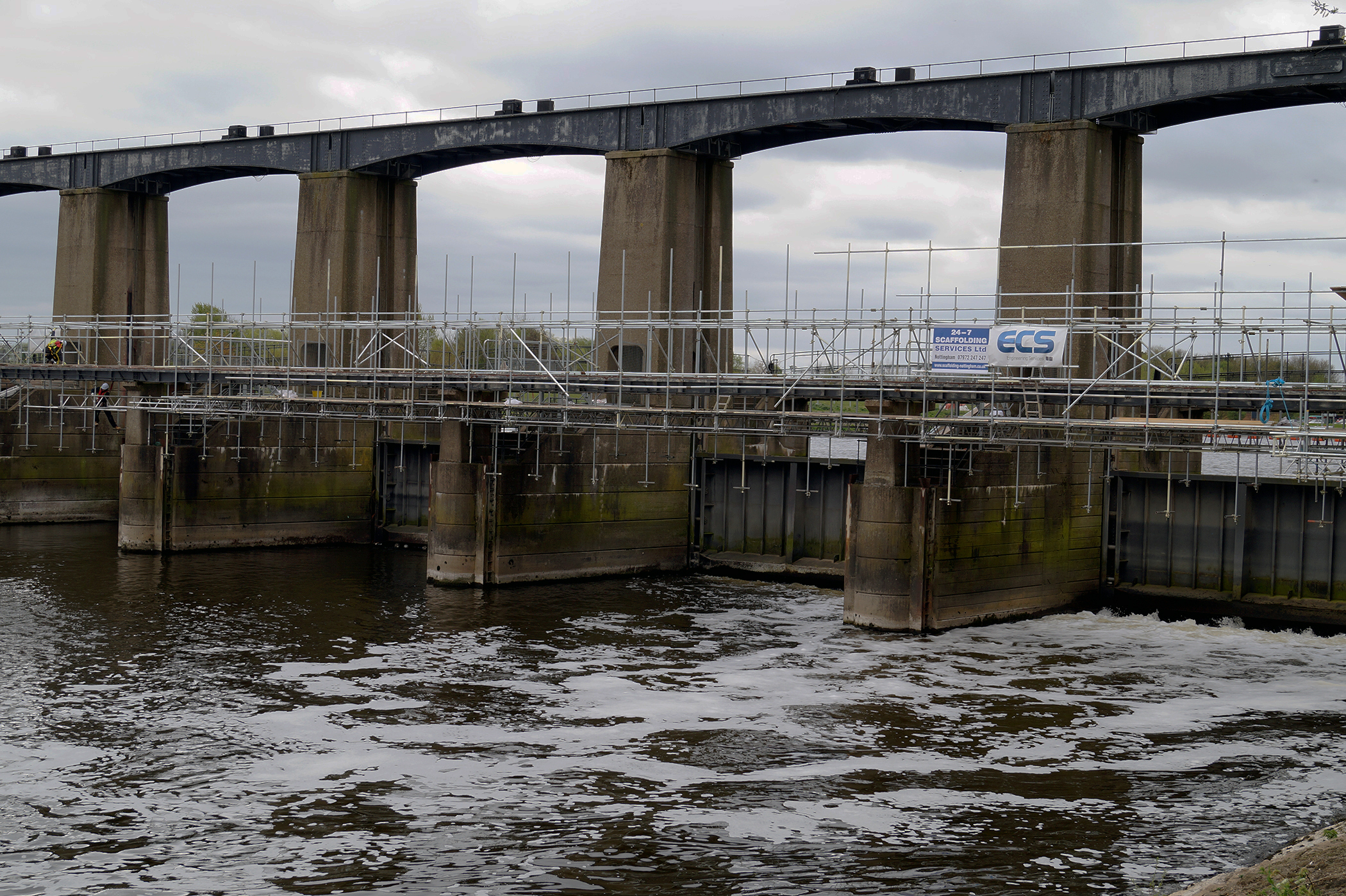 Repainting of Colwick Sluice awarded to ECS Engineering Services