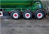 Fit and forget axles let Docksey concentrate on delivering first class service to demanding customers
