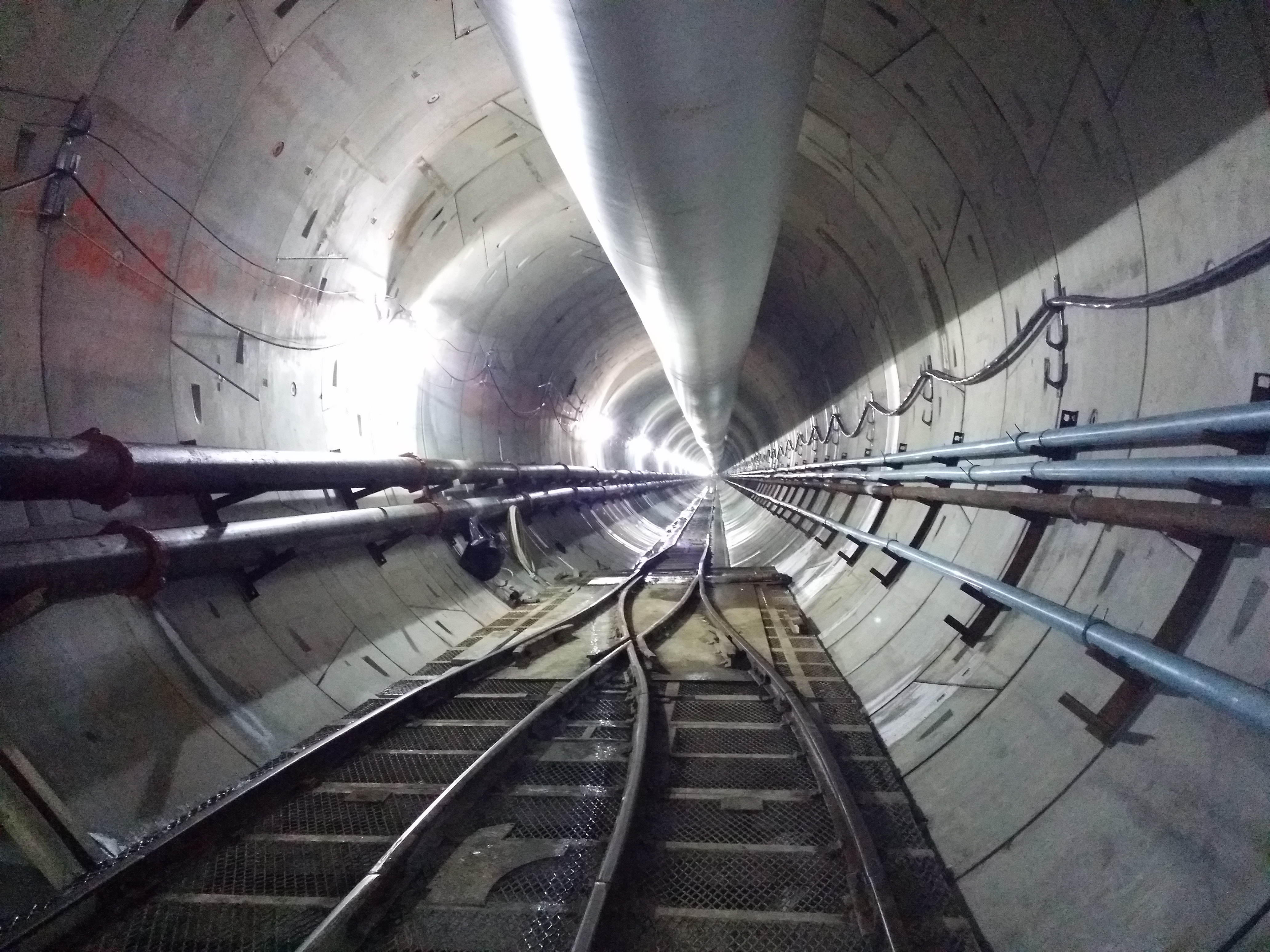 How to find the optimal fixing design to meet all tunnel project requirements