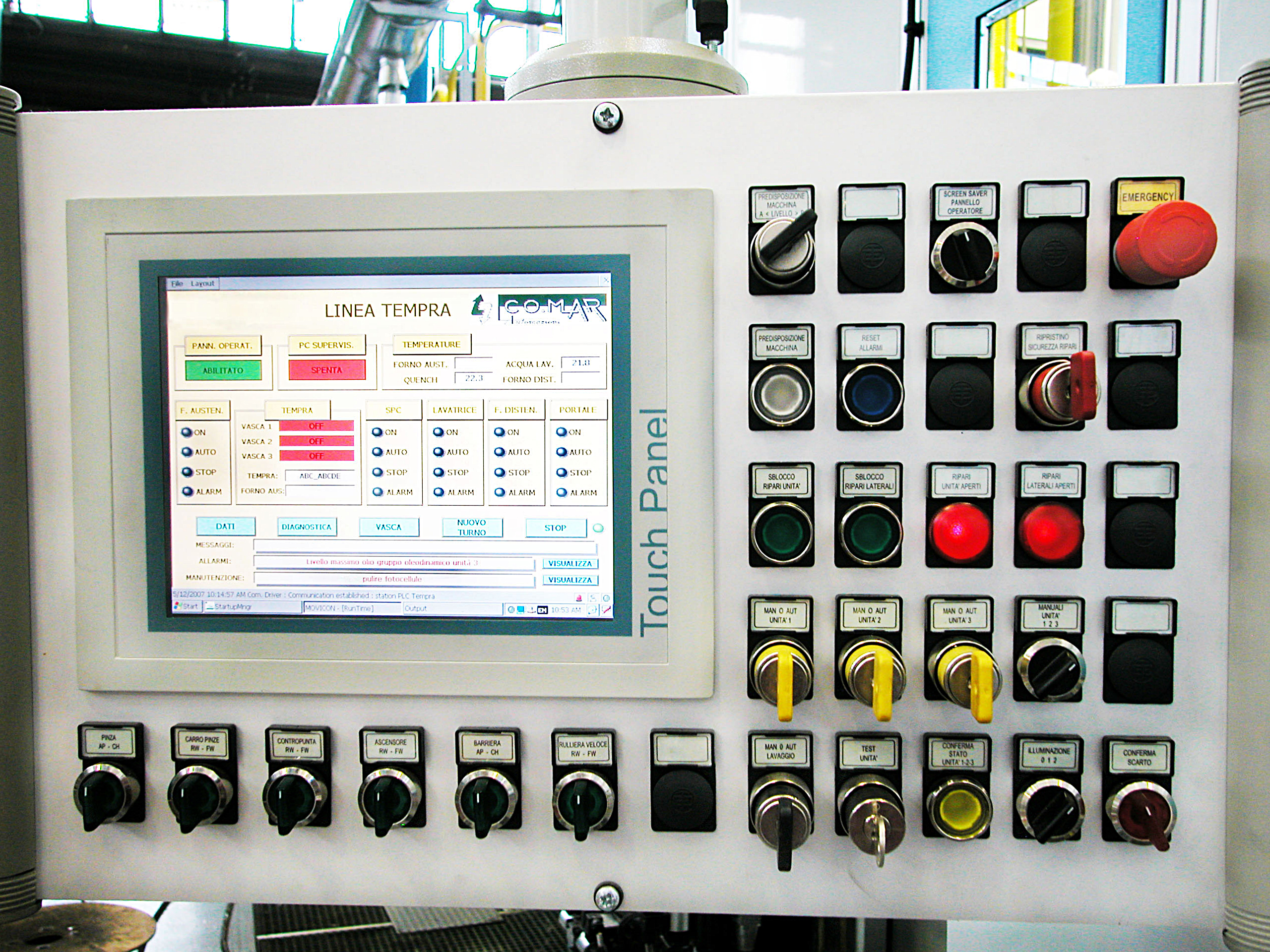 Tracked vehicle rollers get controlled heat treatment using Movicon SCADA
