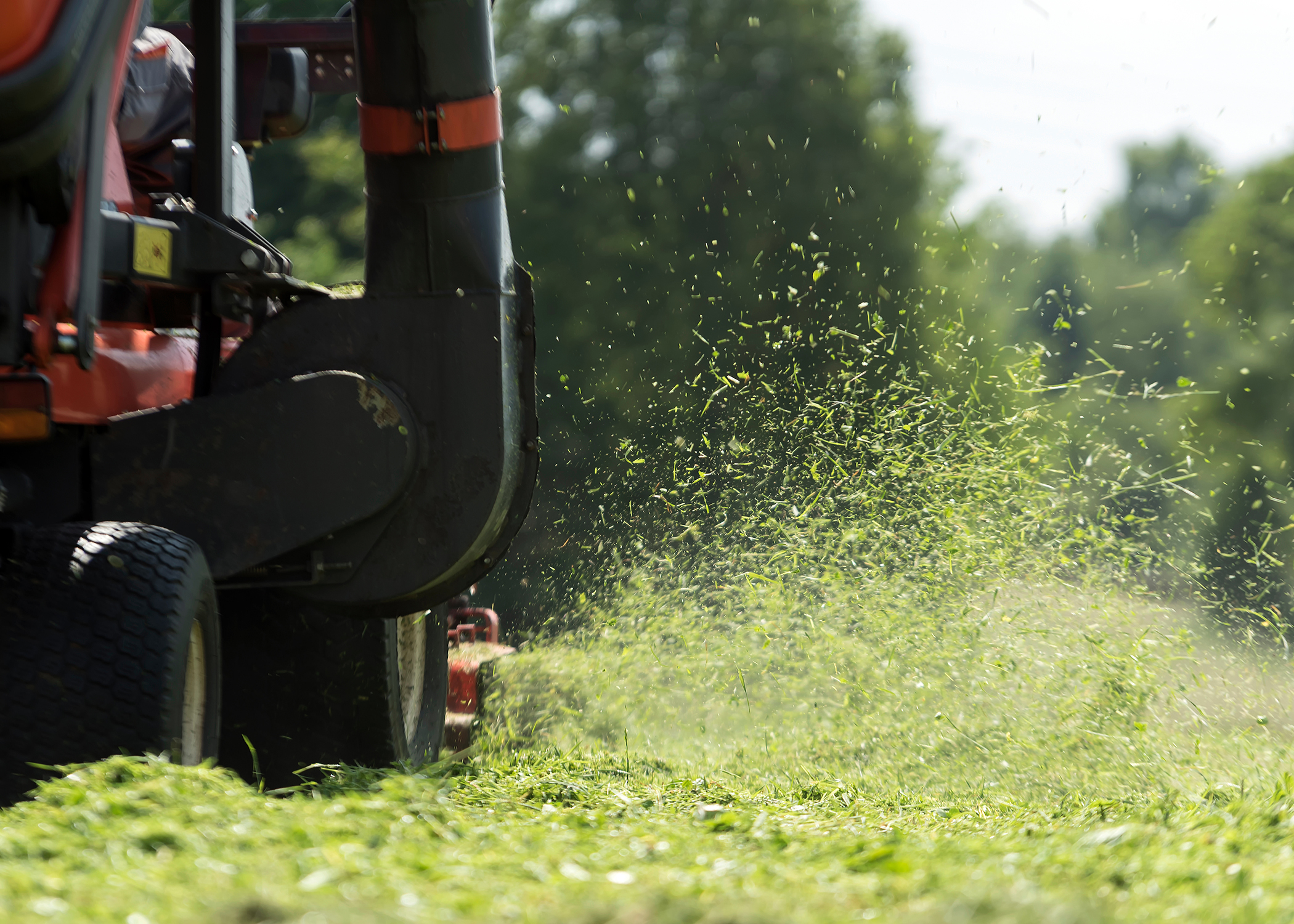 One Screw Delivers Multiple Advantages for Ride On Mower Manufacturer