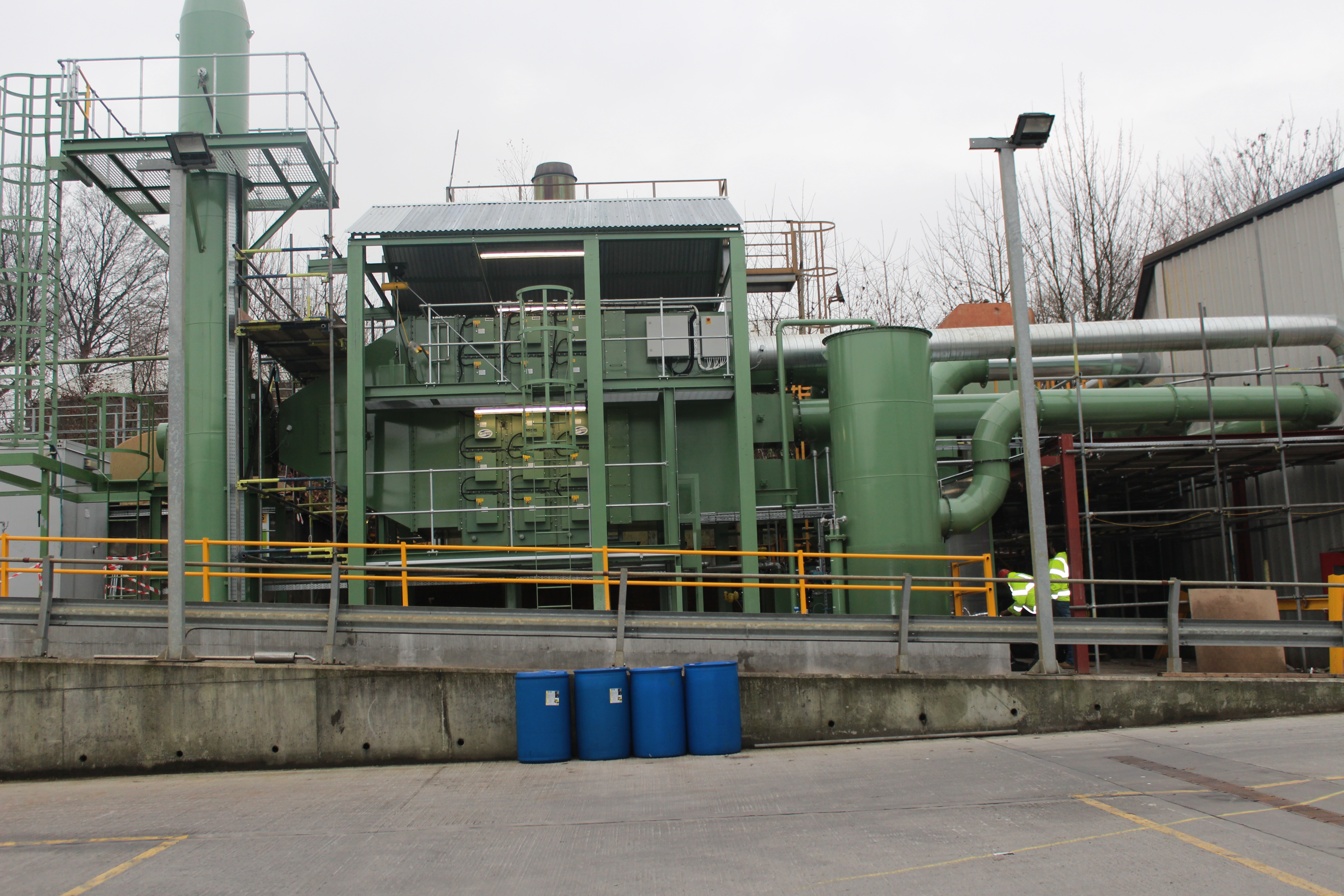 Automatic self-cleaning electrostatic precipitator system reduces costs and beats emissions standards for Polyflor