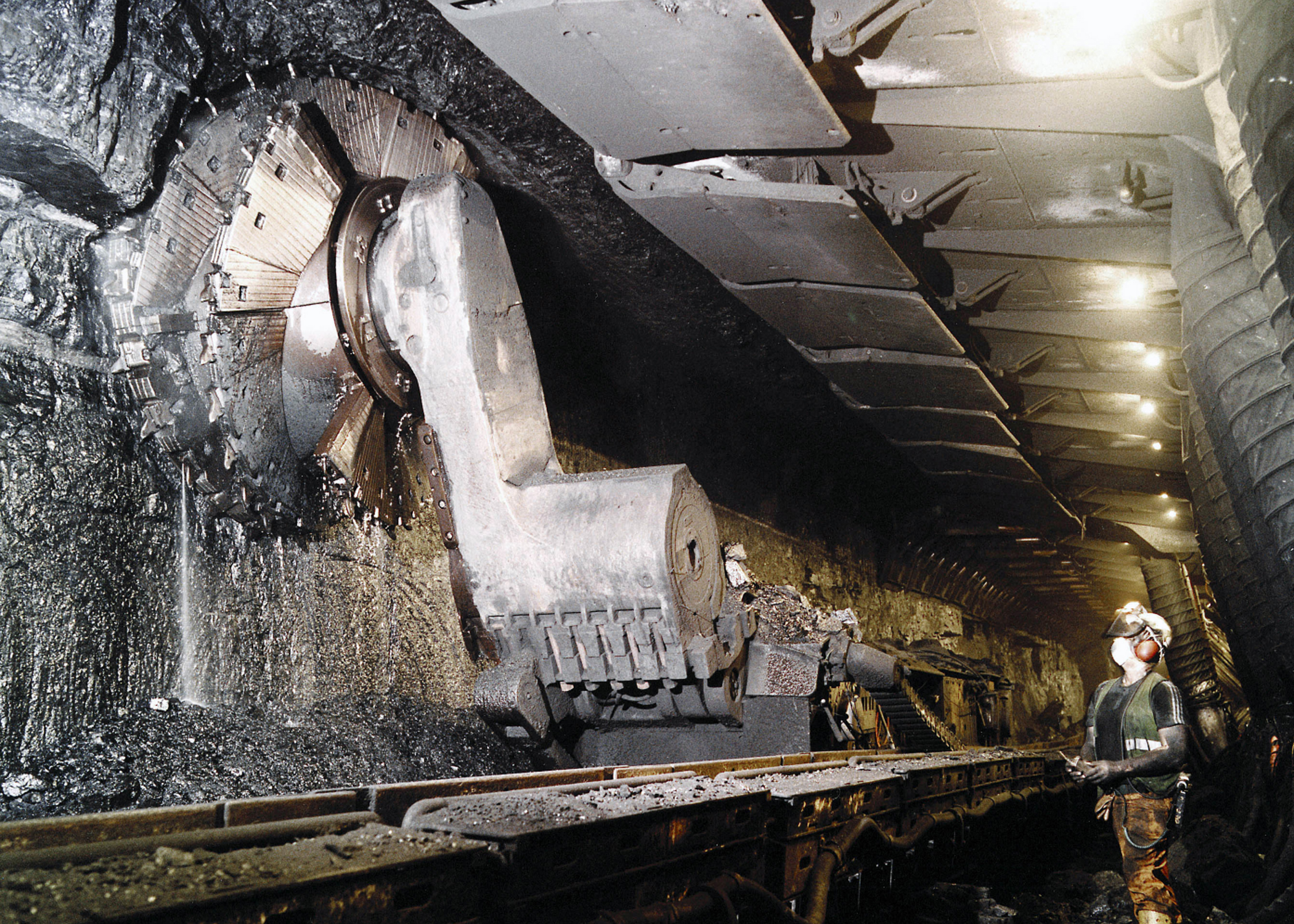 Longwall mining demands safety and reliability in equipment