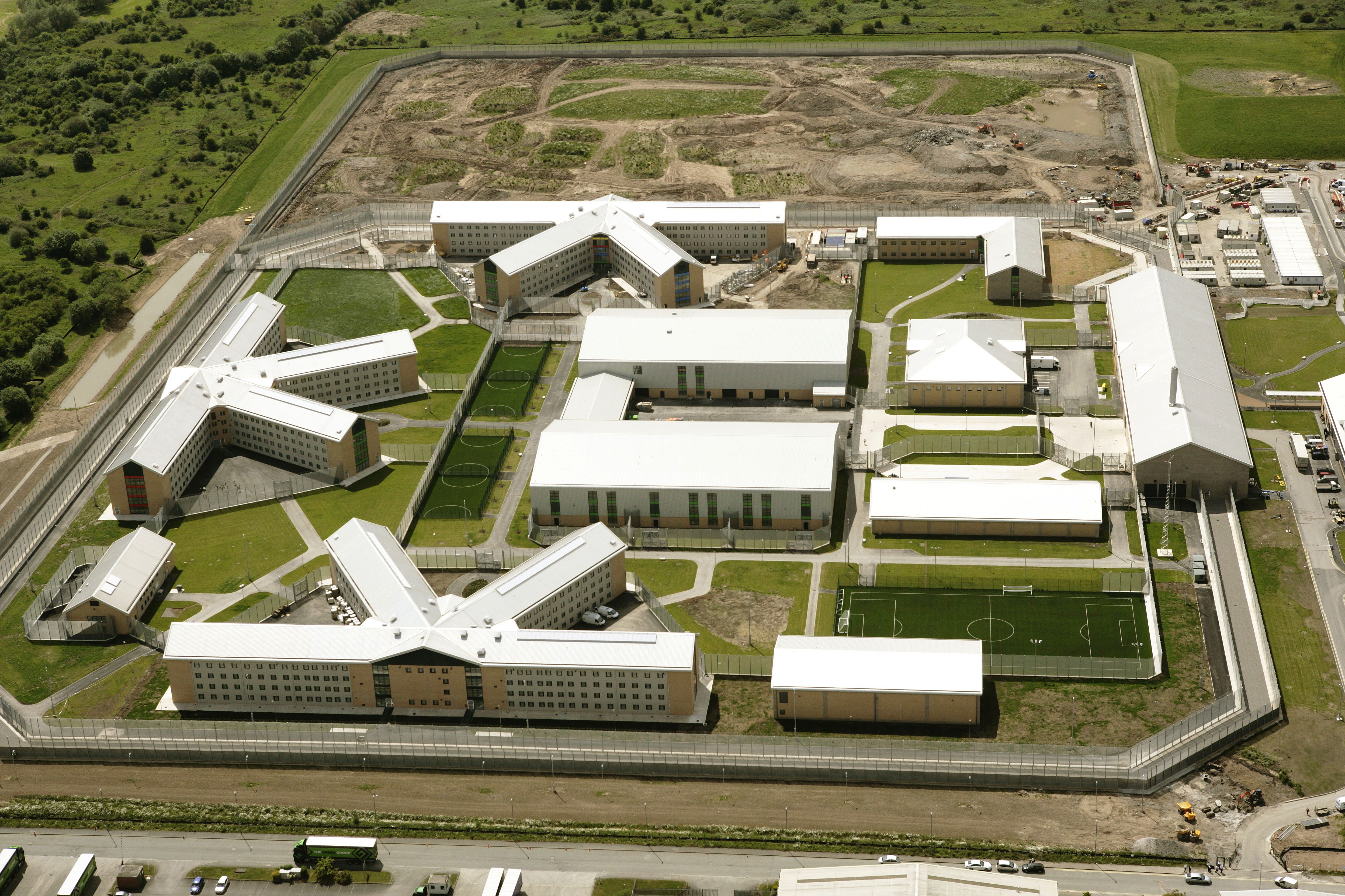 Spelsberg enclosures helps build North Wales' newest prison quickly