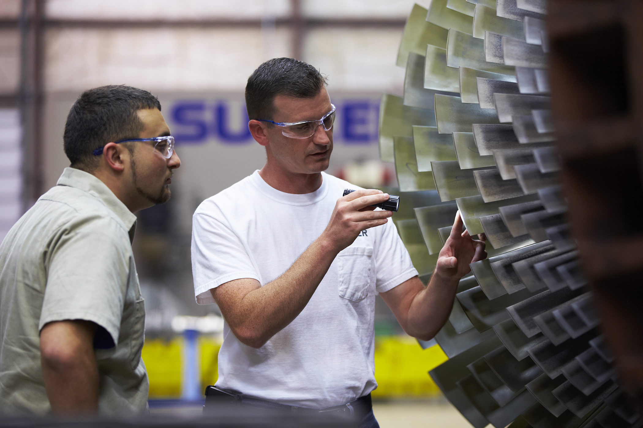 Sulzer strengthens maintenance support for Colombia