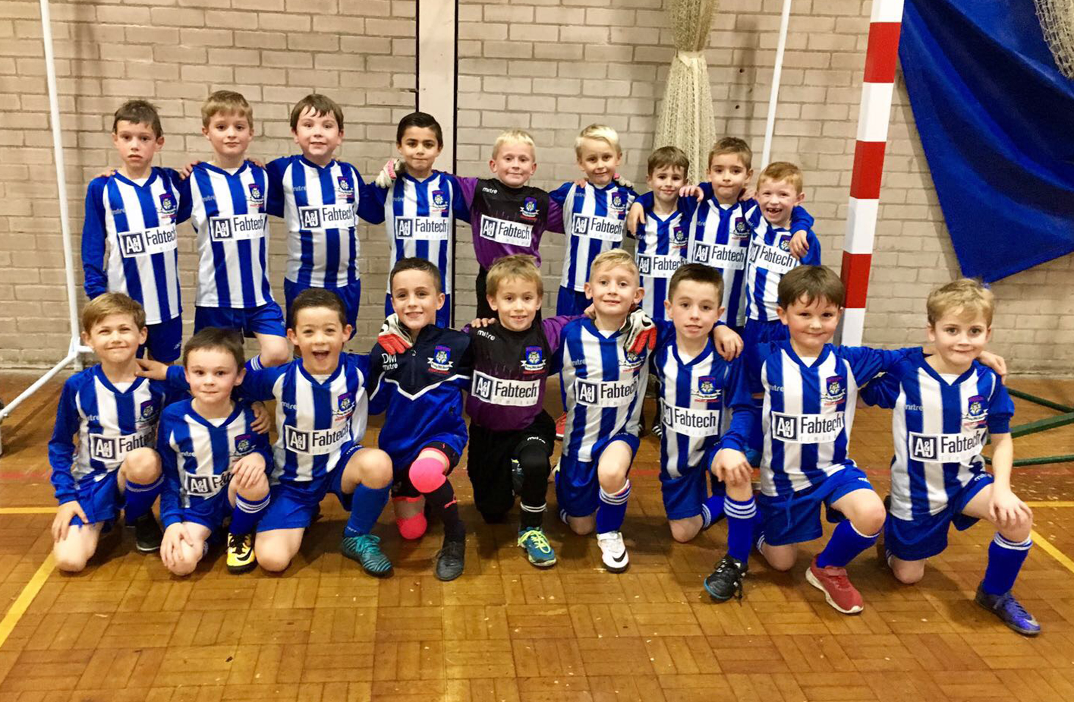 A&J Fabtech nets with Lepton Highlanders under 7 football sponsorship