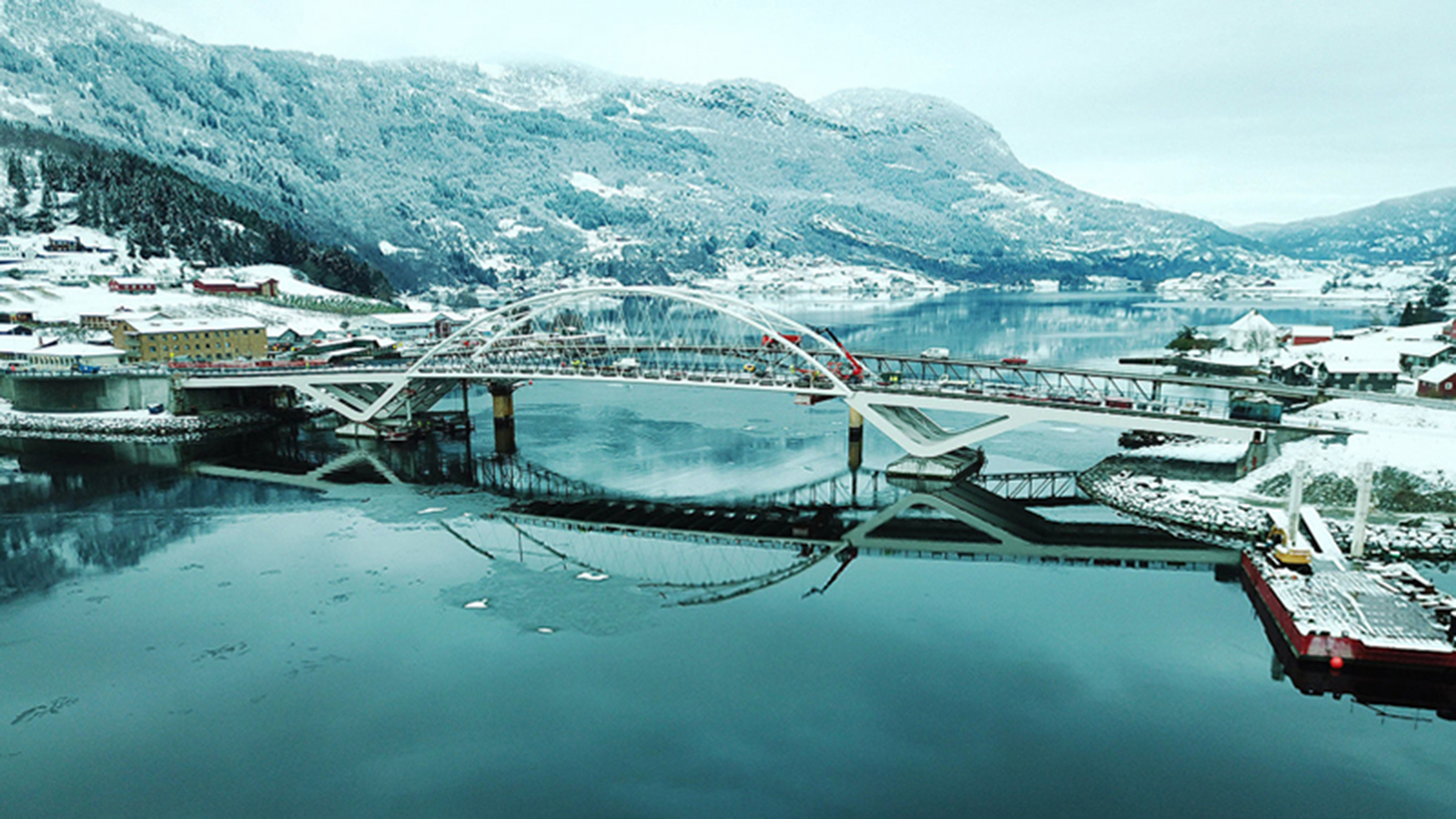 Landmark Norwegian fjord bridge stays ahead of the curve