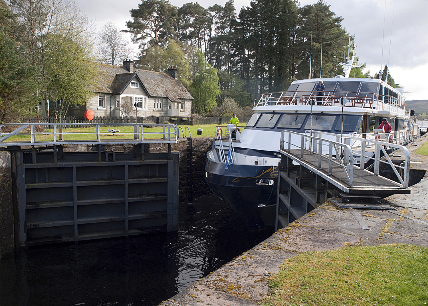 News update for Kytra Lock gate replacement for Scottish Canals