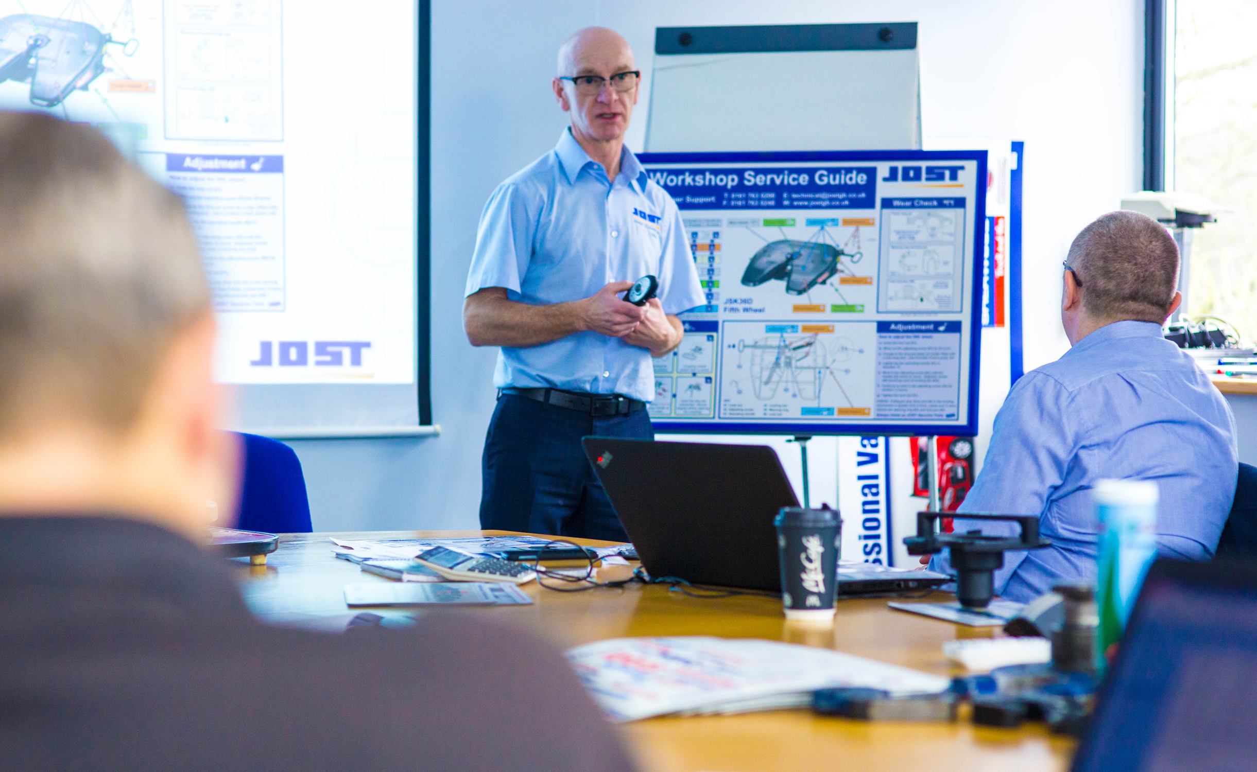 Fifth wheel seminar from JOST UK helps ensure safety on the road