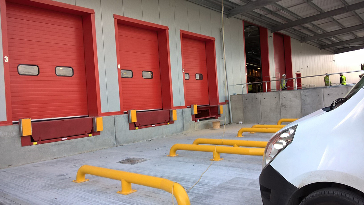 New loading bay equipment aids speedy logistics in Scotland