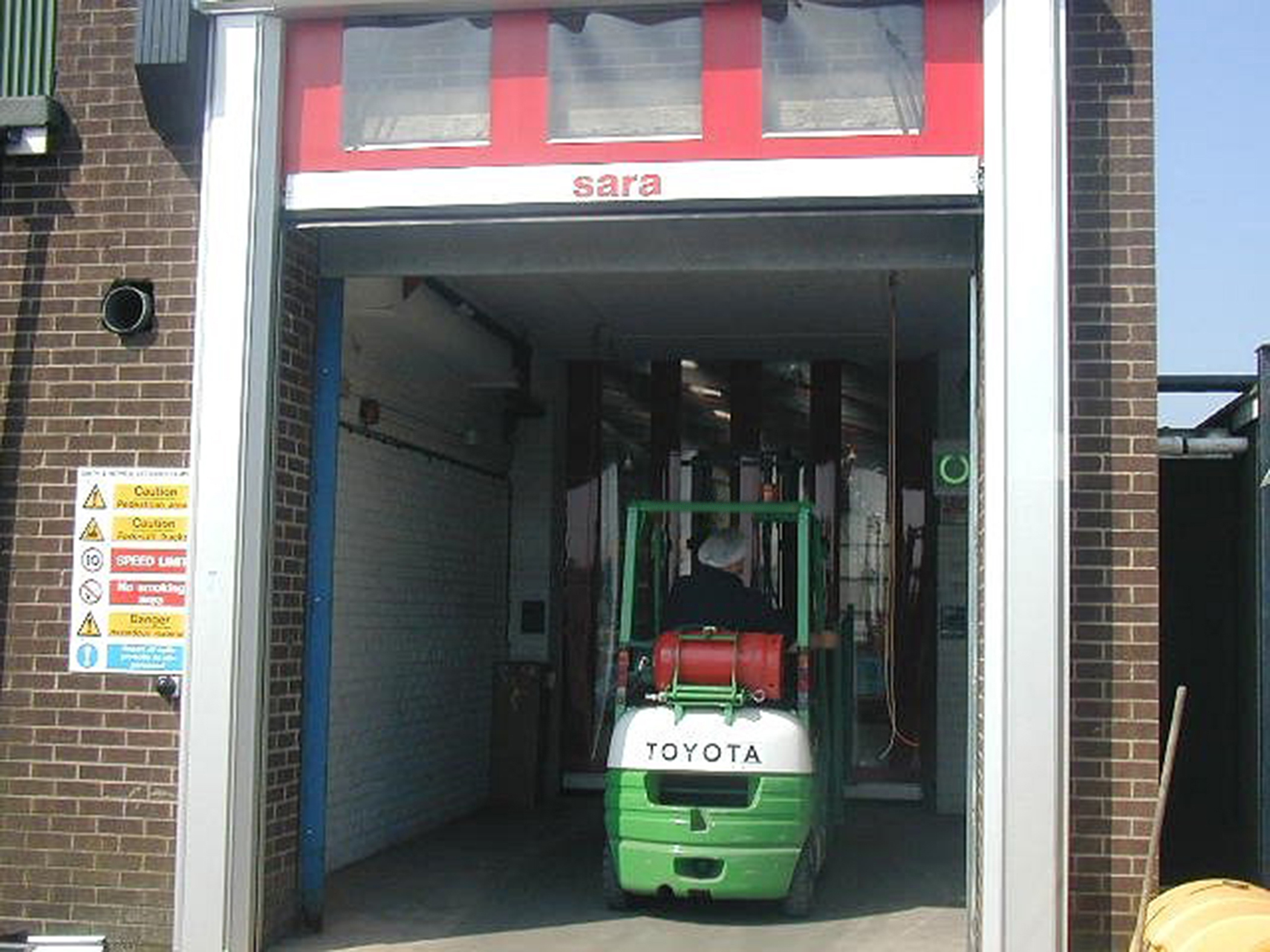 Airlocks add an extra dimension to loading bays