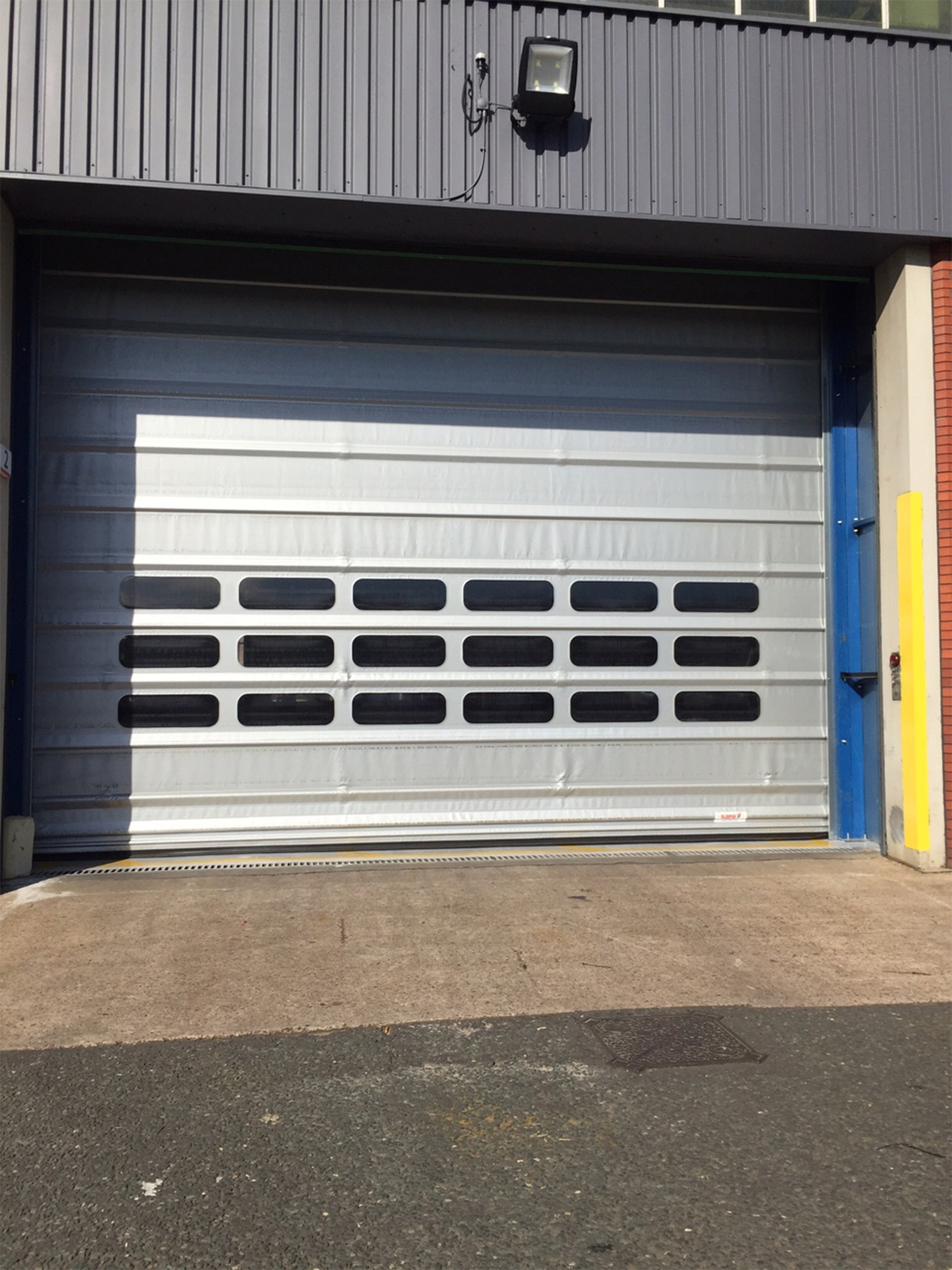 Extra wide automatic doors help chassis builder improve energy management